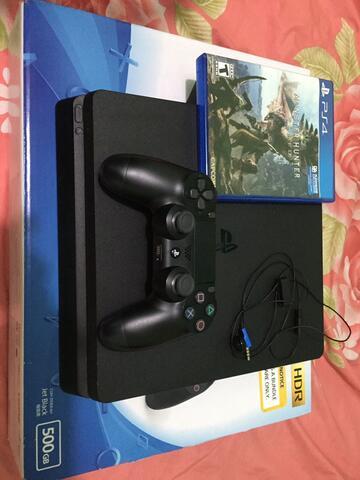 Playstation 4 slim CUH-2106A