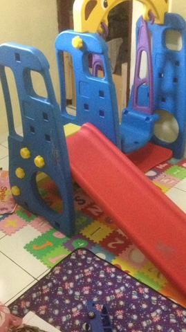 perosotan anak, slide toys