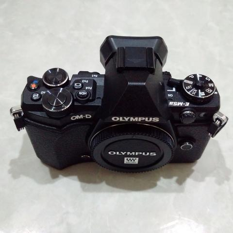 [CAKIM] WTS Olympus OM-D E-M5 mark II body only mulus