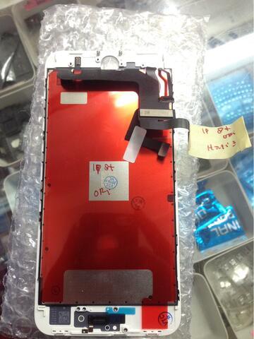 perbaikan lcd pasang di tempat lcd iphone 8+ NEW ORIGINAL 100%