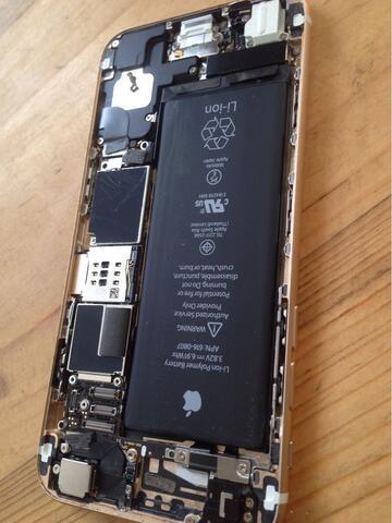 service iphone & ipad hadwear sofwer perbaikan di tempat