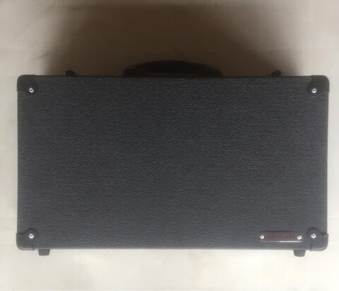 Boxxcase Microboxx 4 like new ga jadi dipake.. ( pedalboard ) whatsapp 081932493493