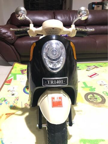 jual motor aki scooter / mainan anak