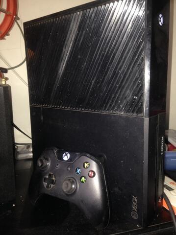 XBOX ONE 500GB + Game Ori | XboxOne