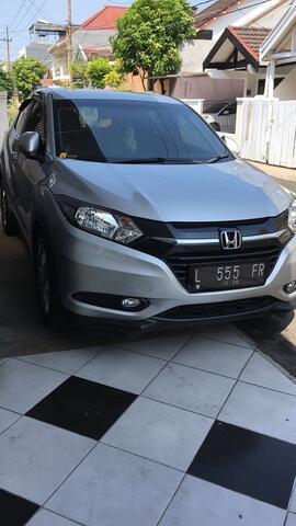 HONDA HRV 1.5 E CVT Matic 2015 Silver Alabaster Surabaya ISTIMEWA