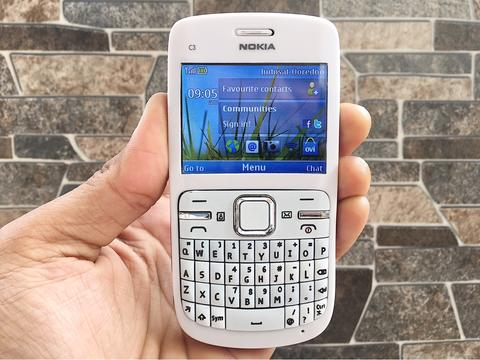 Nokia C3 White Normal Hp Jadul Qwerty Kamera Klasik Handphone Nostalgia