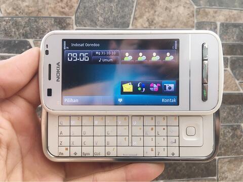 Nokia C6 White Normal Hp Jadul Slide Kamera Klasik Handphone Nostalgia