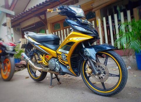 Jual Rugi Jupiter MX 2011, Gold 5 Speed Limited Edition.