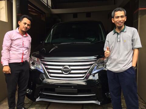 Nissan serena 2.0 hws nik 2017 DP 69 juta ajah