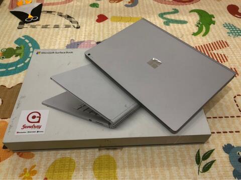 Surface Book 13.5 inch, core i5, Ram 8gb, Ssd 128Gb