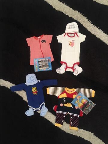Jumper, Jumpsuit, Sepatu dan Topi Bayi