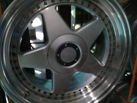 velg OZ Futura r17 pcd 4x100,114 lbr 7,5-8,5