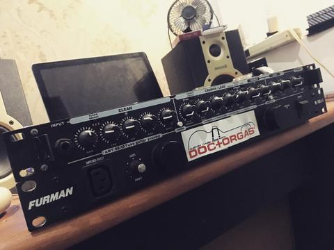 AMT SS10 & Furman M10-LXE Power Conditioner