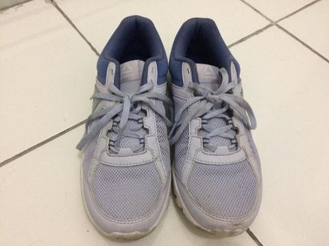 Terjual Reebok Women s Training Shoes  fe06c534ac