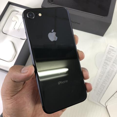 iPhone 8 256GB Space Gray Good condition Fullset Original ZP/A