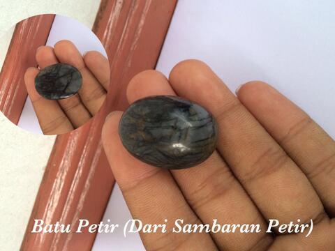 Batu Petir Asli