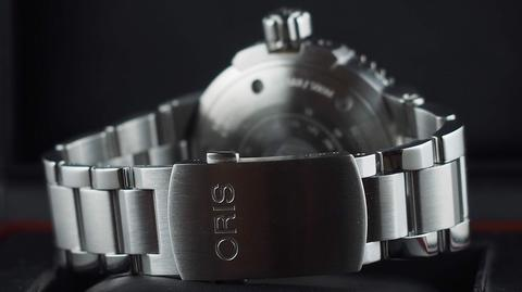ORIS AQUIS DIVER SMALL SECOND AUTOMATIC GREEN CERAMIC BEZEL 46MM