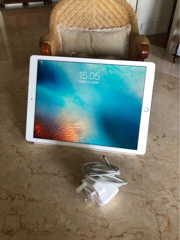 """Jual iPad pro 128gb 12.9"""" gold LIKE NEW (free cover apple ori)"""