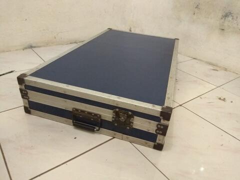 Hardcase Kotak untuk Mixer Musik