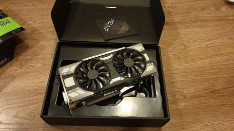 EVGA GeForce GTX 1070 FTW DT GAMING, 08G-P4-6274-KR, 8GB GDDR5, ACX 3.0 & RGB LED