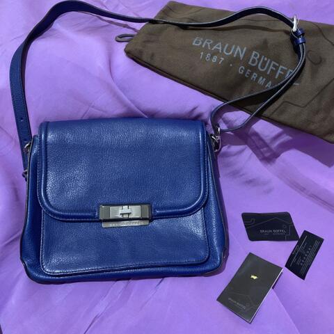 Preloved Authentic Braun Buffel Sling Bag