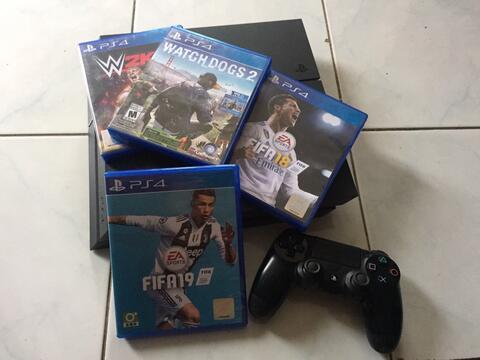 Ps4 / Ps 4 / Playstation 4