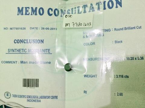 Permata Black Moissanite 3,116Ct. Memiliki Memo