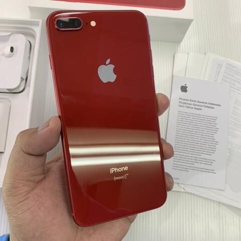 iPhone 8 Plus 64GB Red Product ex Garansi resmi iBox full Ori