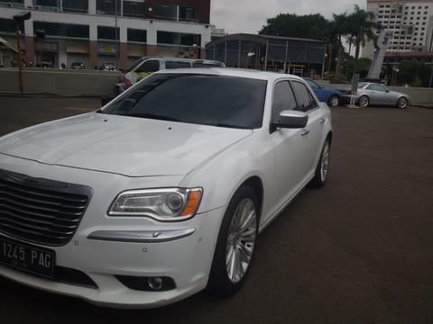 [DIJUAL] CHRYSLER 300c 3.6 AT 2013