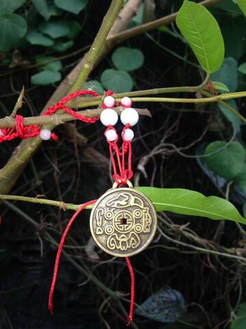 Amulet Money