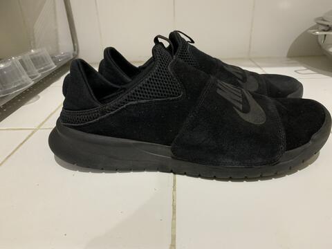 Sepatu Nike Slip On Ori Triple Black