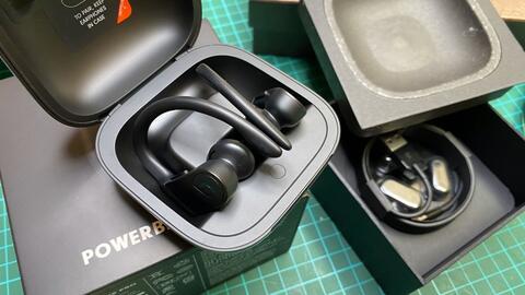 powerbeats pro black like new wireless earphone airpods