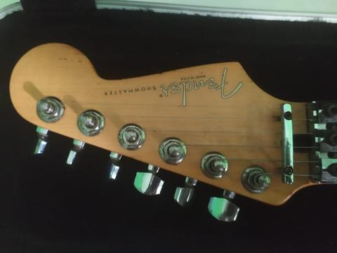 Fender Showmaster USA 2001. Sangat Langka