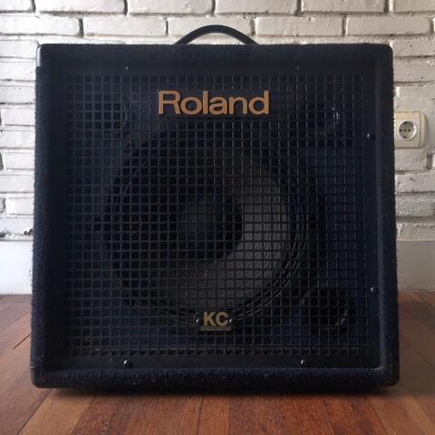 Roland KC 350 Keyboard Amplifier