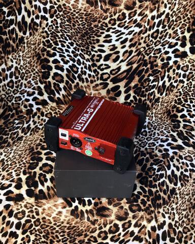 Behringer Ultra G UltraG GI100 DI Box