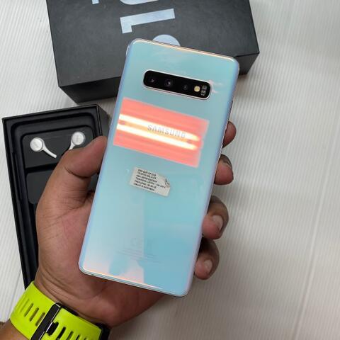 Samsung S10 Plus 128GB Prism White Super Mulus Garansi resmi SEIN