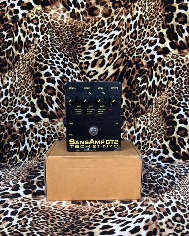 Tech21 Sansamp GT2 GT 2 Tube Amp Emulator Preamp Pedal