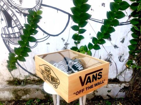 Box Sepatu Custom
