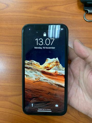 Iphone Xr 64GB HITAM SECOND DUAL SIM NANO NANO