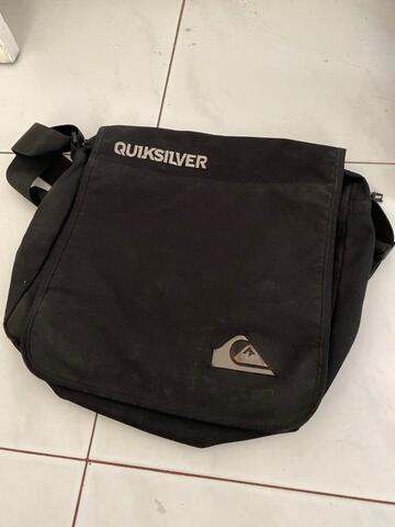 Tas Selempang Quicksilver Untuk Laptop
