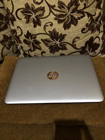 laptop hp elitebook 820 g4 core i5 gen7 ssd 512 touchscreen murah gan