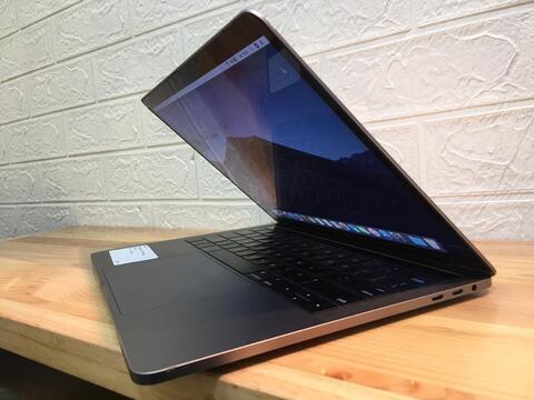 macbook Pro Touchbar 500Gb TERMURAH i5 ram8 FULLSET