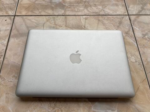 Macbook Pro MID 2012 98% Mulus ex iBox