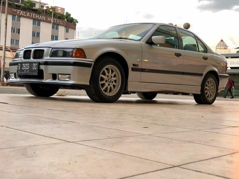 bmw e36 320i AT 1995 limited edition perfect condition