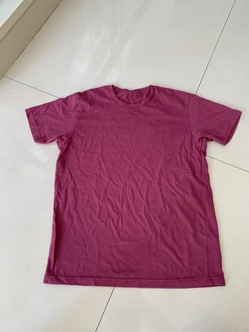 Tshirt pria Uniqlo Decathlon Mens Top 2nd original