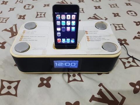 Dock XtremeMac Luna Plus iPod touch 2th 8GB