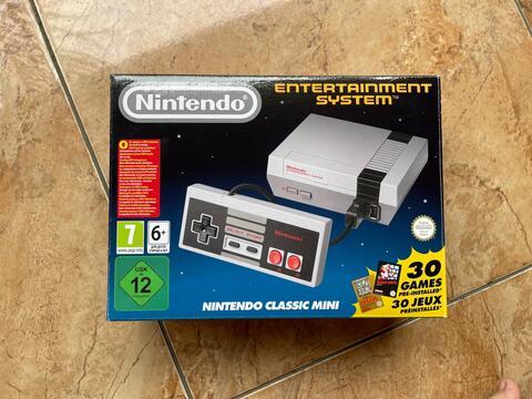 Nintendo Entertainment System (NES Mini Classic)