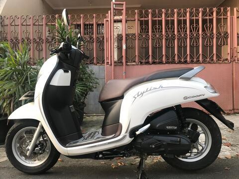 "Honda Scoopy R 12 Ban Donat Th""2019 B.Dki Pjk Pjg KM Rendah"