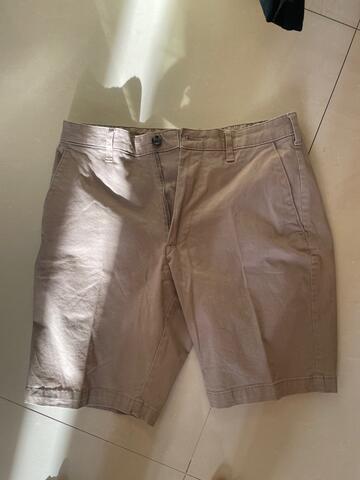 Celana pendek pria Mark and Spencer 2nd 100% original like new
