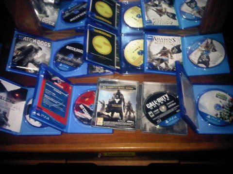 JUAL KASET PS4 SECOND MURAHHHH... HARGA TRIPPING MABOK
